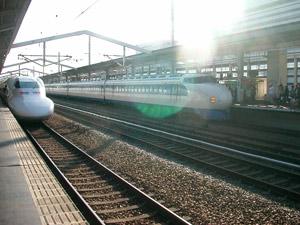 0系新幹線と700系新幹線