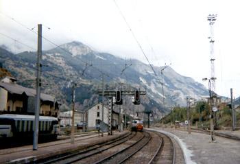 モダーヌ駅
