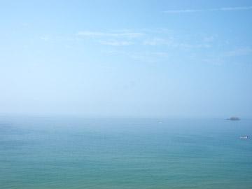 砂丘からの海と空